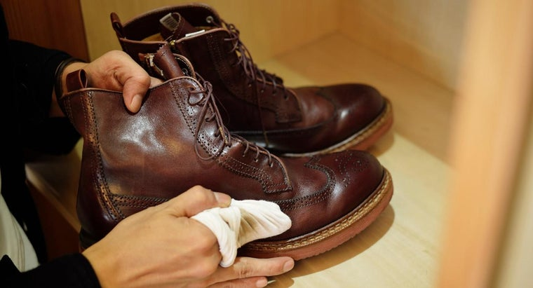 leather-cleaning-products