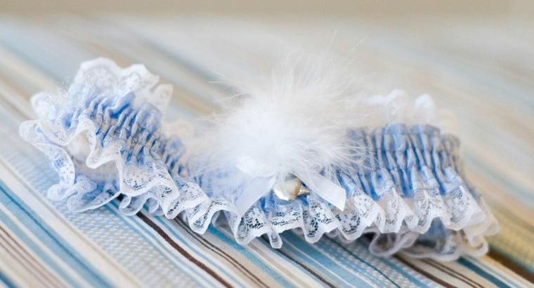 leg-wedding-garter-worn