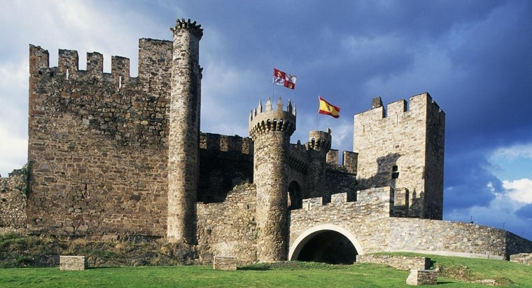 lived-castles-middle-ages