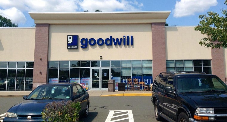 locate-nearby-goodwill-shopping-locations