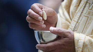 How Long Are the Average Catholic Church Mass Times?