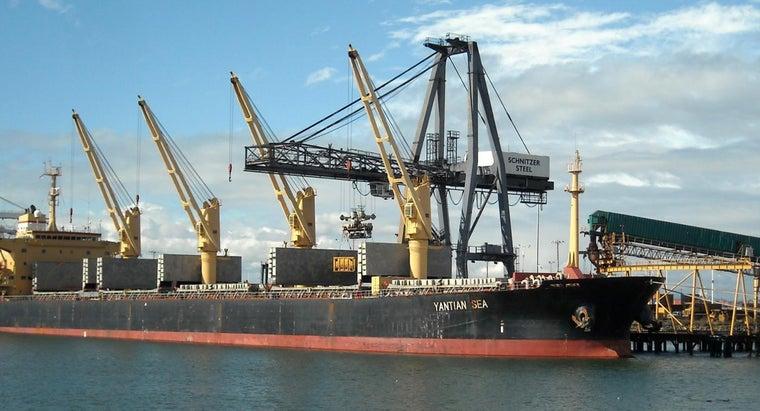 long-cargo-ship-china-united-states