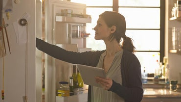 How Long Does It Take to Defrost a Refrigerator?