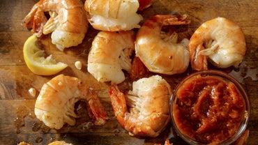 How Long Should Shrimp Be Baked?