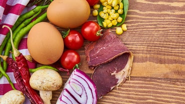 How Many Carbohydrates Are There in a Low-Carb Diet?