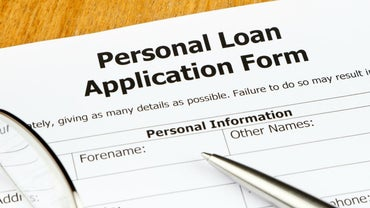 How Do You Get a Low-Interest Personal Loans?