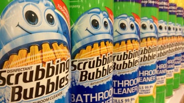 What Are the Main Ingredients in Scrubbing Bubbles With Fantastik?