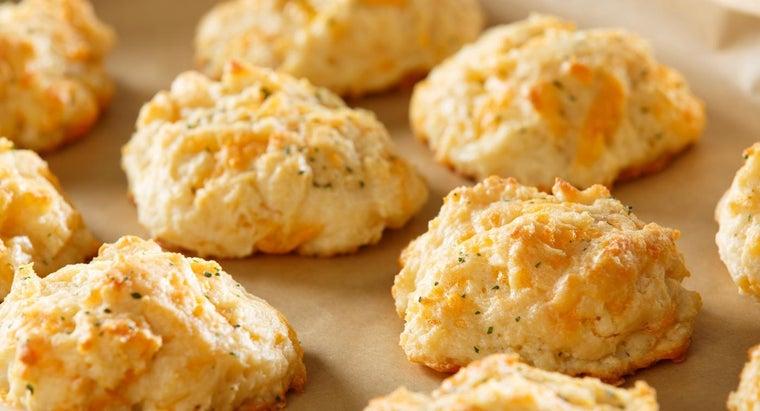 make-bisquick-cheddar-biscuits