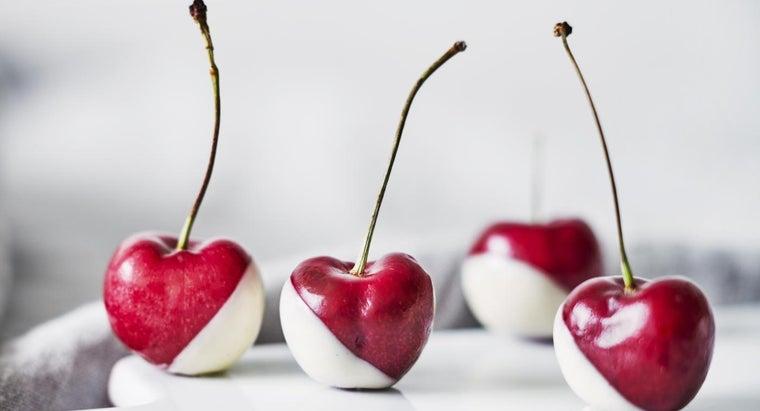 make-fruit-dip-using-marshmallow-cream-cream-cheese