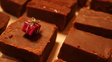 How Do You Make Fudge With Condensed Milk?