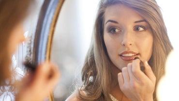 How Do You Make Lips Look Fuller?