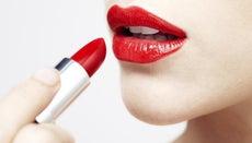 How Do You Make Lipstick Last?