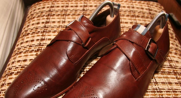 make-liquid-shoe-stretch-spray