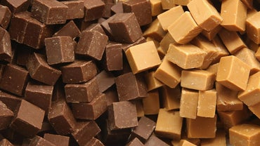 How Do You Make Old-Fashioned Fudge?