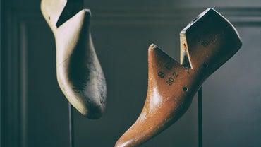 How Do You Make a Shoe Stretcher?
