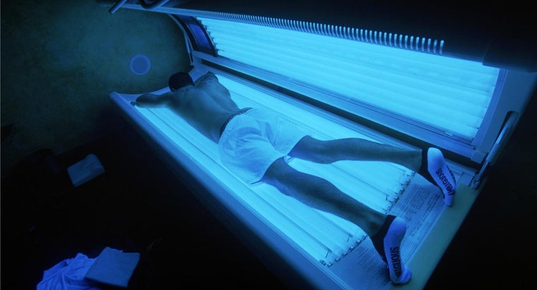 make-tanning-bed-cleaner