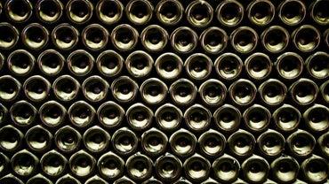 How Do You Make a Wine Rack Display?