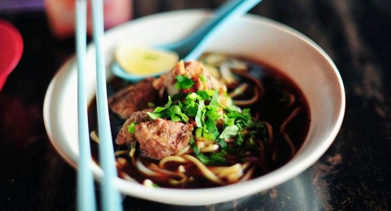 malaysian-people-eat