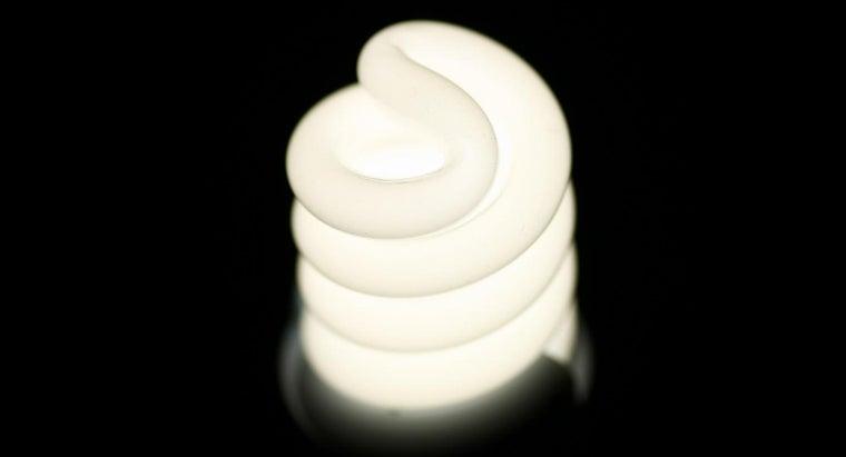 many-amps-100-watt-light-bulb-draw