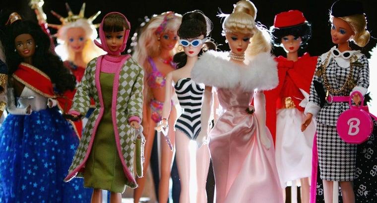 many-barbie-dolls-sold-1959