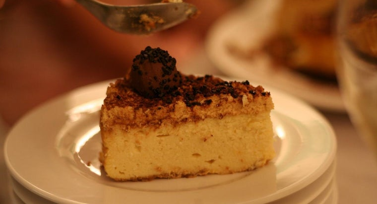 many-calories-slice-cheesecake
