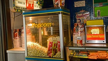 How Many Calories Are in a Small Movie Theater Popcorn?
