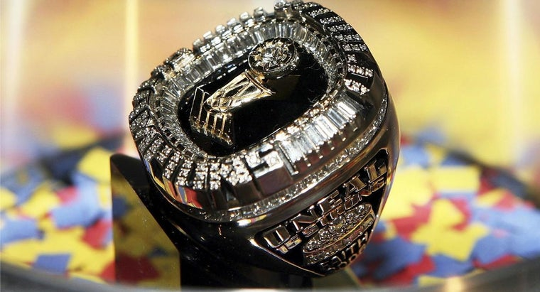 many-championship-rings-shaq