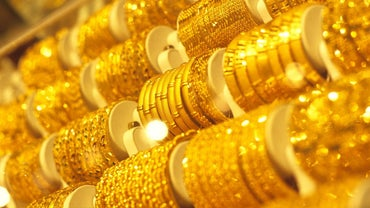 How Many Electrons Does Gold Have?