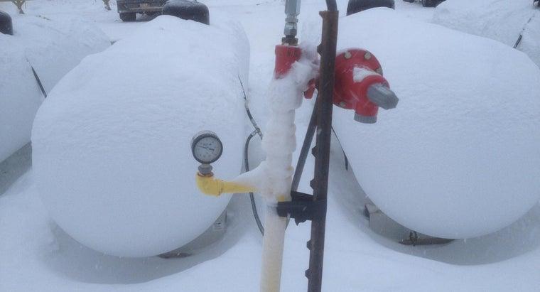 many-gallons-100-pound-propane-tank