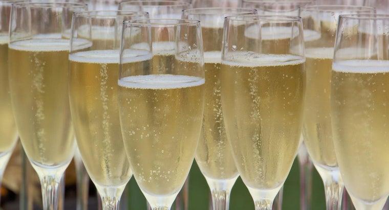 many-glasses-magnum-champagne