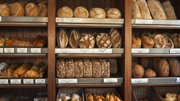 How Many Grams of Carbs Should You Eat in a Day?