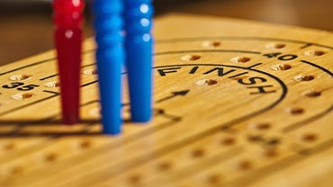 How Many Holes Are on a Cribbage Board?