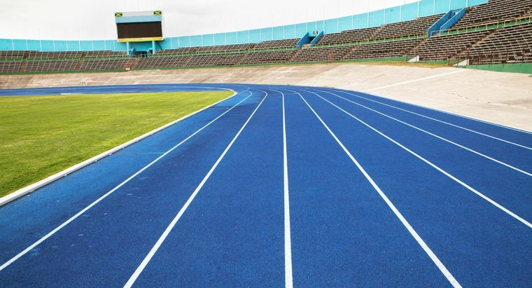 many-laps-200-meters