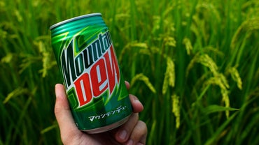 How Many Packets of Sugar Are in Mountain Dew?