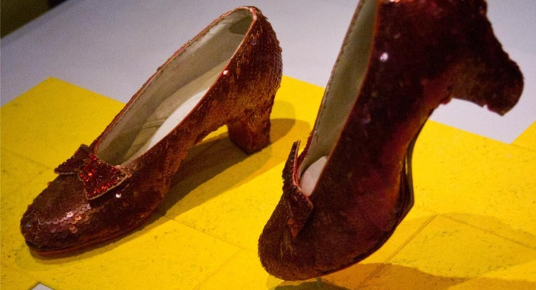 many-pairs-dorothy-s-ruby-red-slippers-exist