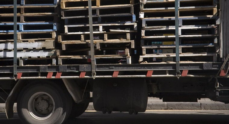 many-pallets-fit-20-foot-container