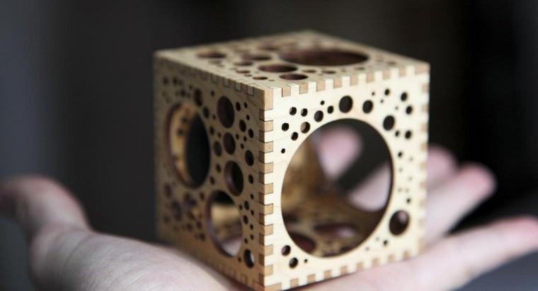 many-planes-symmetry-cube