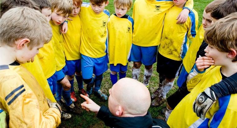 many-players-football-team