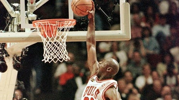 How Many Points Did Michael Jordan Score in His Career?