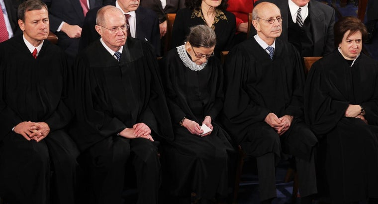 many-years-supreme-court-justice-serve
