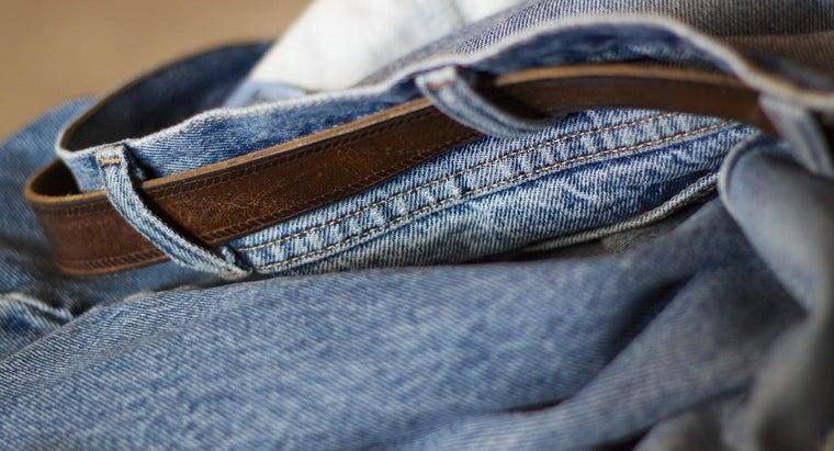 match-jeans-black-shirt