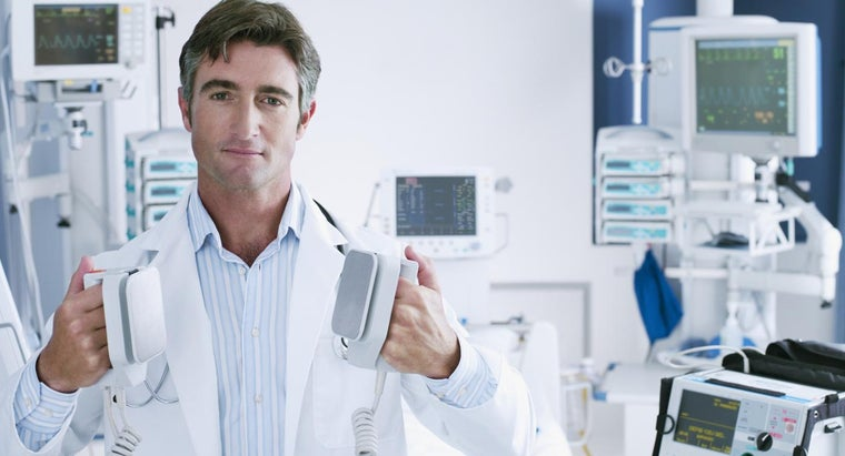 mean-doctor-says-heart-defib
