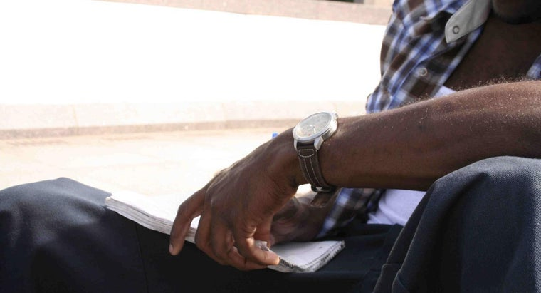 men-wear-watches-left-arm