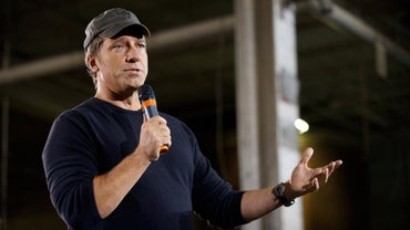 Who Has Mike Rowe Dated?