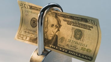 Is There a Minimum Deposit Requirement for Opening a Huntington Bank Checking Account?