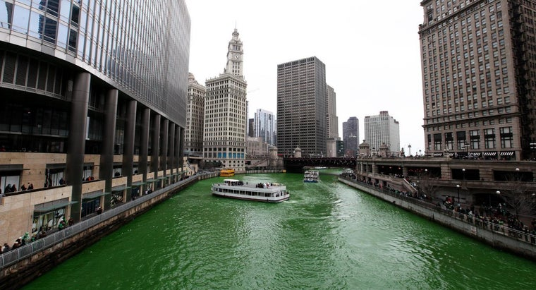 much-dye-turn-chicago-river-green