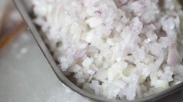 How Much Minced Onion Equals One Onion?