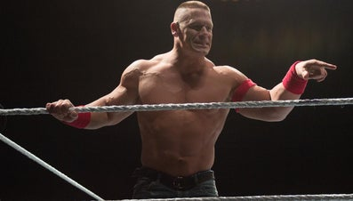 How Much Money Does a Professional Wrestler Make in a Week?