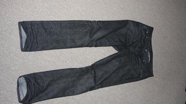 How Much Does a Pair of Jeans Weigh?