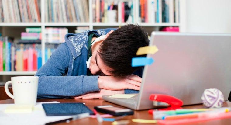 much-sleep-average-college-student-night